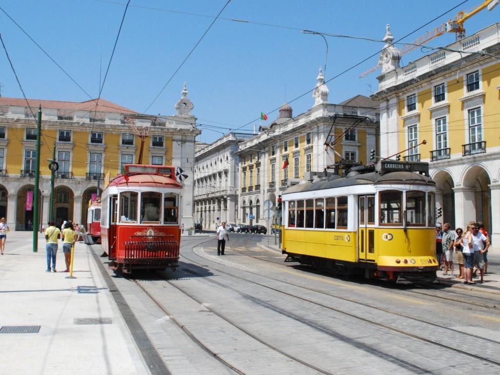 Lisbon_Downtown_Commerce_Square