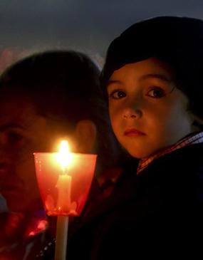 Tour privado por la noche en Fátima con procesión de velas