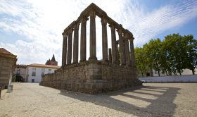 Evora and Monsaraz Private Tour + Optional Wine Tasting