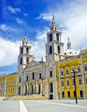 Mafra Royal National Palace and Ericeira Private Tour