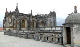 Tour Privado Lisboa a Sintra, Tomar, Belmonte, Porto e Aveiro (6 Dias)