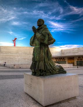 Santuario de Fátima y Santarem Iglesia del Milagro Eucarístico Sagrado - Tour privado