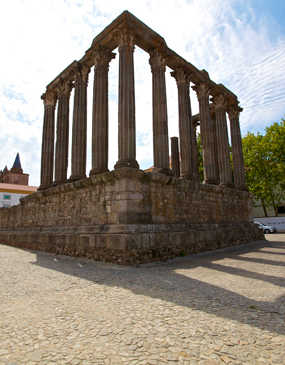 Evora Private Tour From Lisbon - With Private Guide