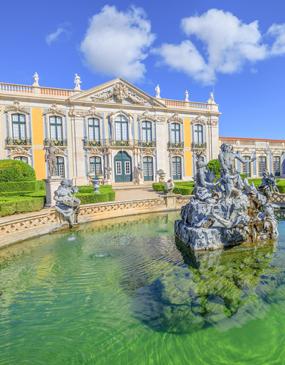 Visita privada de los palacios reales de 3: para amantes de la historia